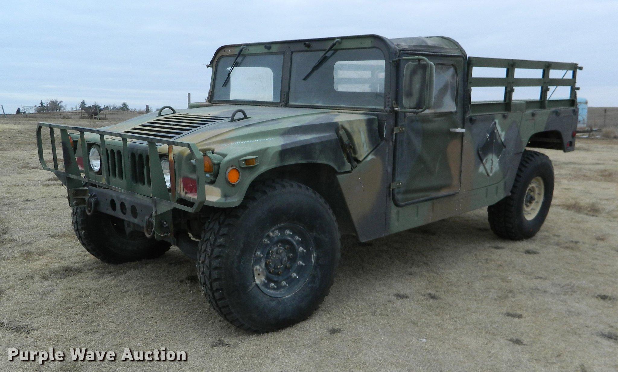 1990 Am General M998 Humvee pickup truck Item DB1165