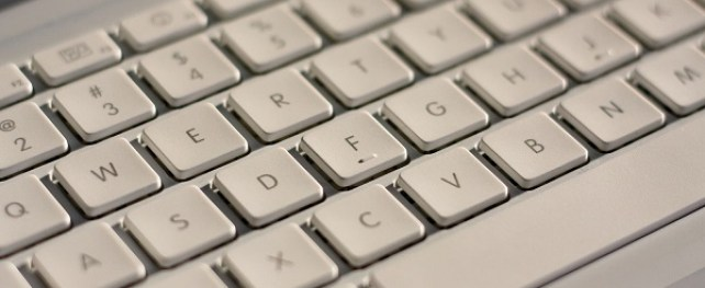 How to type in Hindi on Facebook, Twitter and Google+