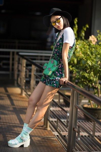 Fashionista NOW: How To Exude A Carefree Summer Vibe In Rompers?