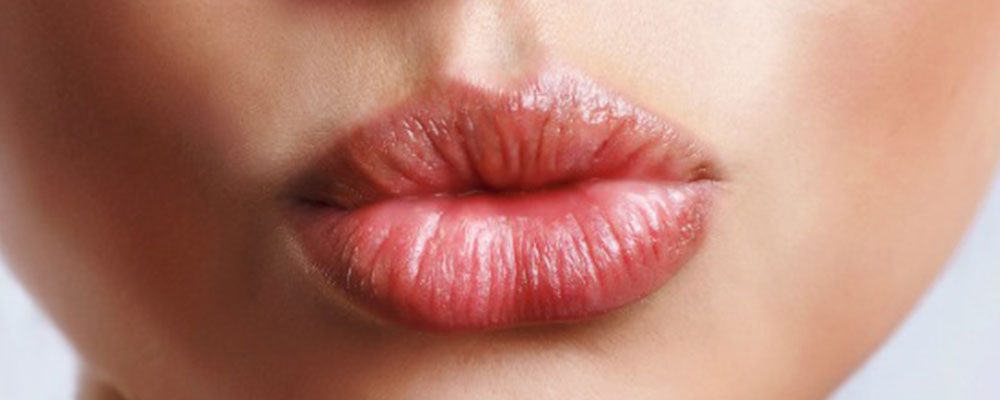How To Get Plump Lips With This Spicy Wasabi Trick
