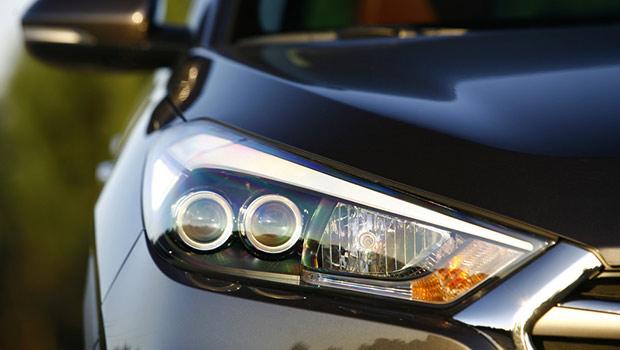 cara menjaga lampu utama mobil