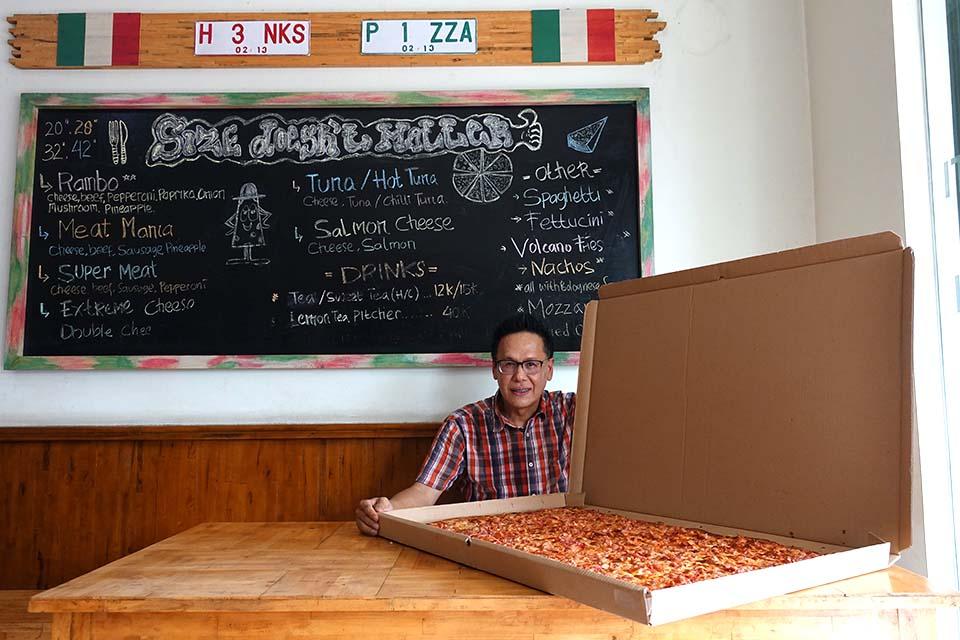 Henky Subur, pendiri henk's pizza