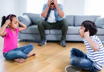anak-anak bertengkar