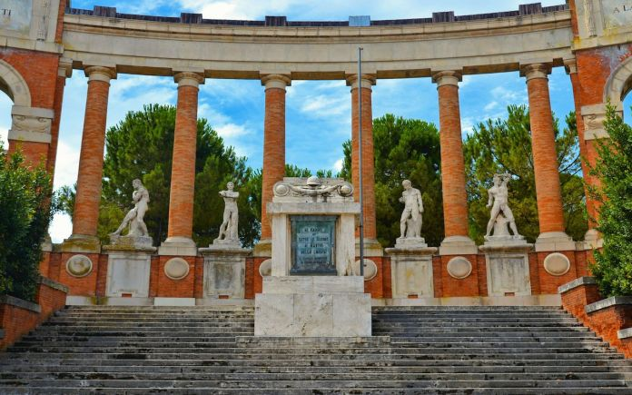 statues and columns in Macerata, Marche Italy
