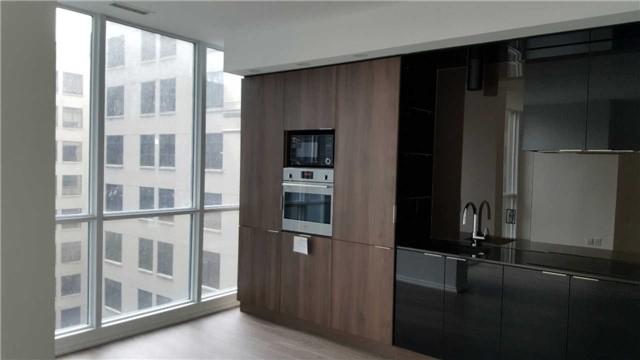 70 Temperance St Toronto ON M5H 2 Bedroom Apartment