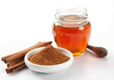 Overnight Cinnamon & Honey Face Mask For Acne