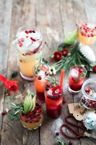 The Art of Holiday Cocktail event combines local cuisine with community.