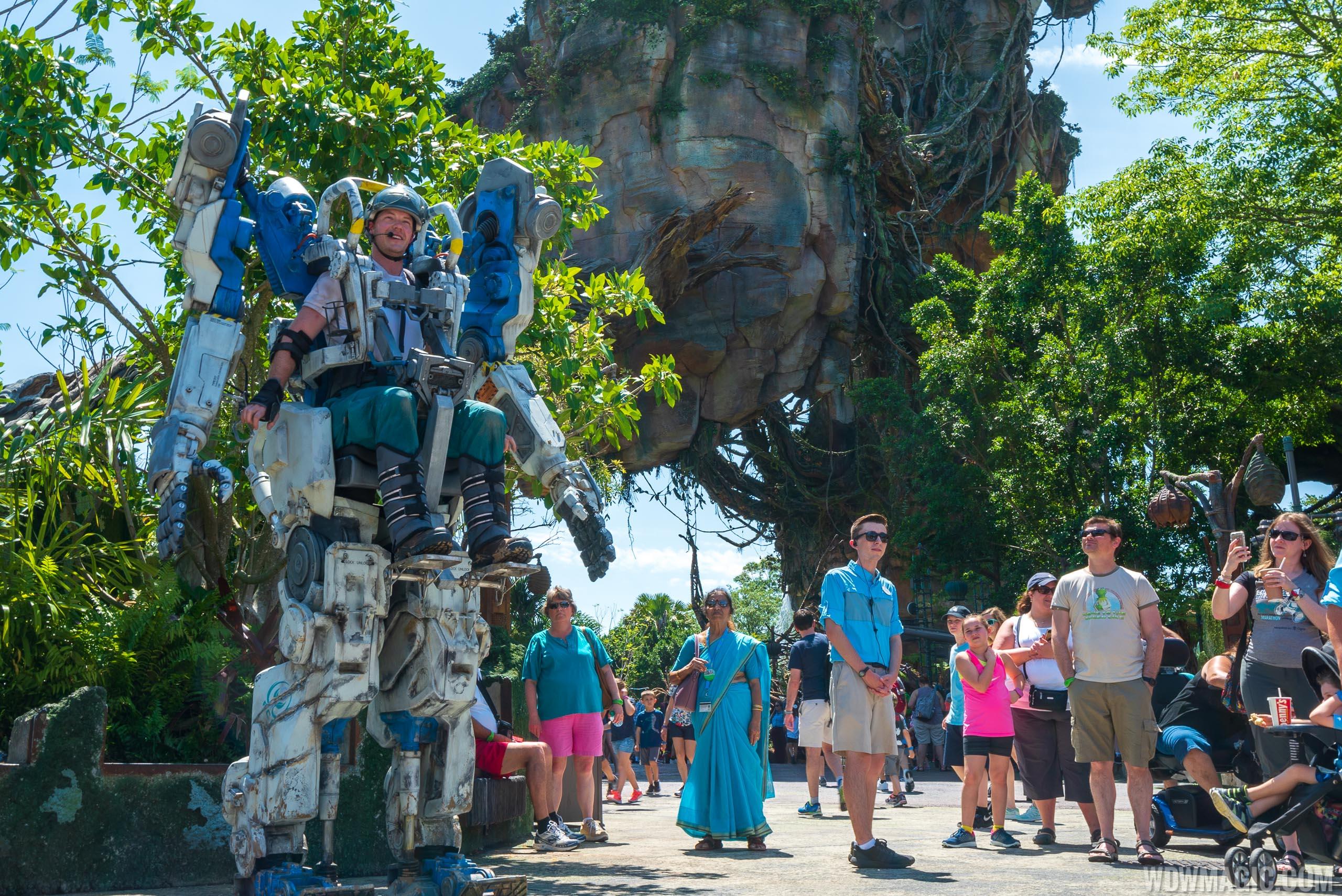Image of: Floating Wdwmagic Video Pandora Utility Suit At Disneys Animal Kingdom