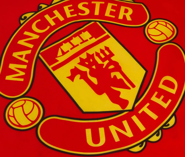 Manchester United Fc Official Football Gift Xft Crest