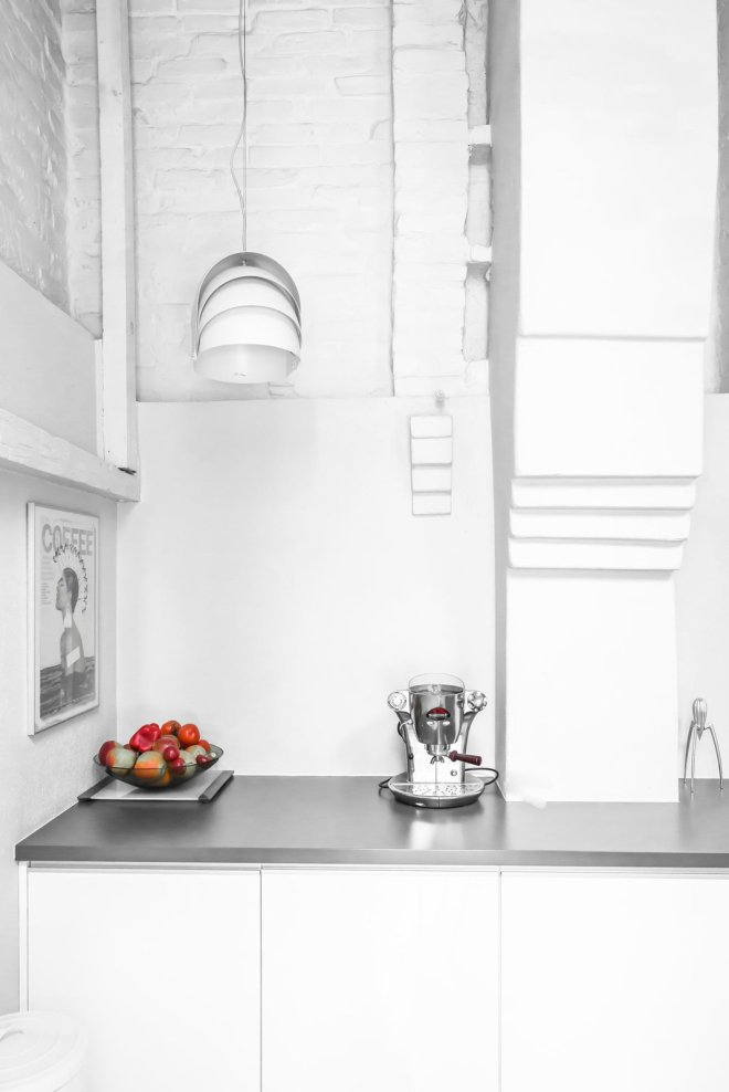 How to Make Your Tiny Kitchen Feel Huge in 6 Easy Steps - Photo 2 of 10 -