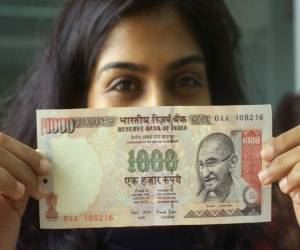 Exposed: How This Indian Mom Makes Rs. 4 Lac/Month From Home
