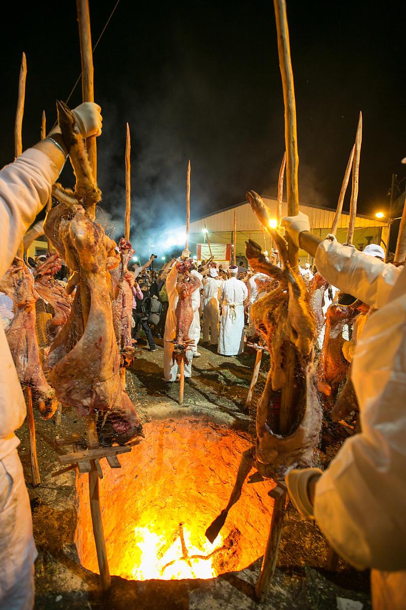 Yaniv Nadav Photography | Samaritan community attend the traditional  Passover sacrifice in Mount Gerizim