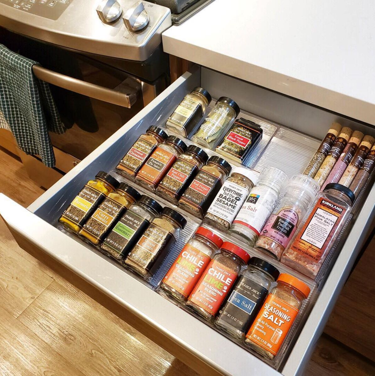 organize herbs and spices in your kitchen