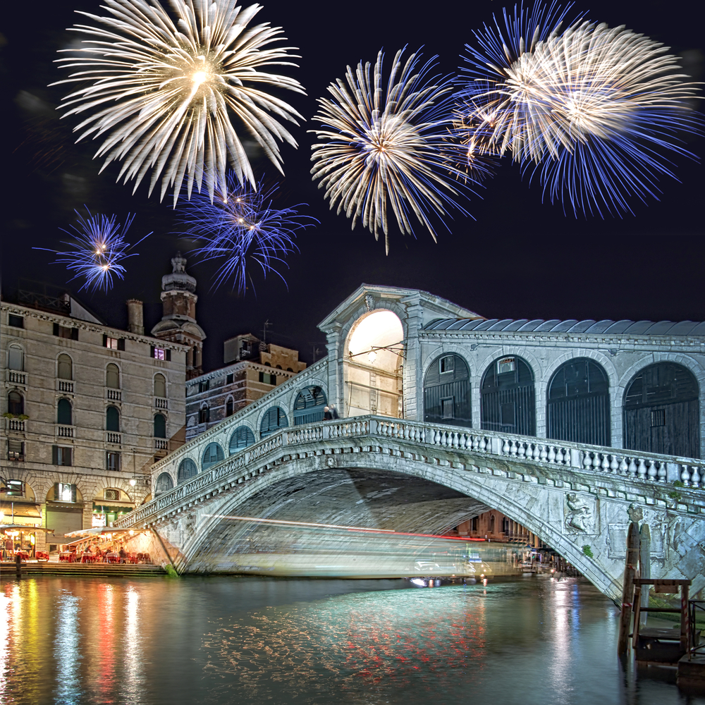 New Year s Eve in Venice   Start the New Year between masks and canals  Rialto
