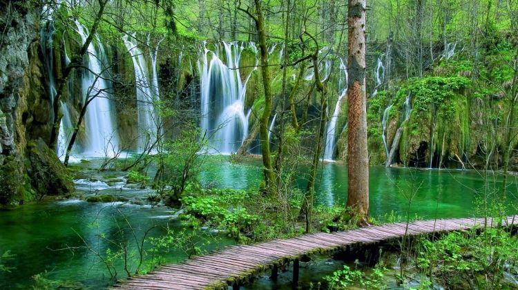 نتيجة بحث الصور عن plitvicka jezera national park
