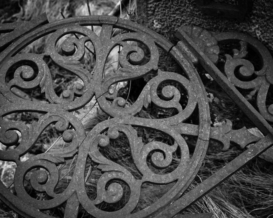 Derelict Thursday - East Kirk Gates