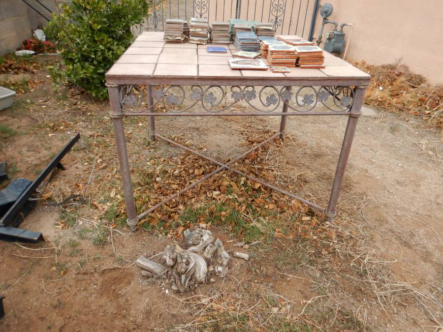 tile top and metal patio table