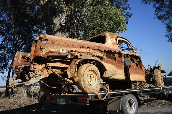 RUSTED OUT FJ UTE ENTERS CAR SHOW FJ 9 Street Machine