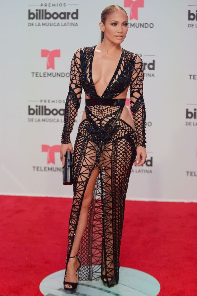 **Jennifer Lopez** <br><br> in Julien Macdonald