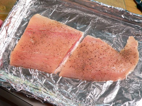 mahi-mahi recipe - grease-broiling-pan