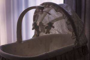 Québec: taux de natalité d'environ 9,57‰ en 2020; confinement: baisse des mariages en 2020 et des naissances en 2021