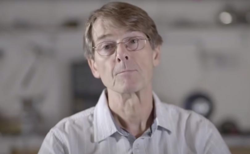 Un ancien vice-président de Pfizer au sujet des vaccins covid-19 : «Votre gouvernement vous ment de telle sorte que cela pourrait vous conduire à la mort»