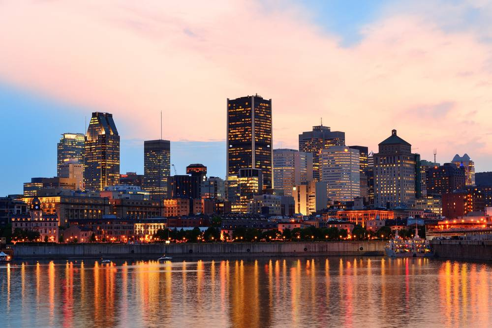 8-Day In-depth Eastern Canada Tour From Toronto - Superior hotel in Quebec