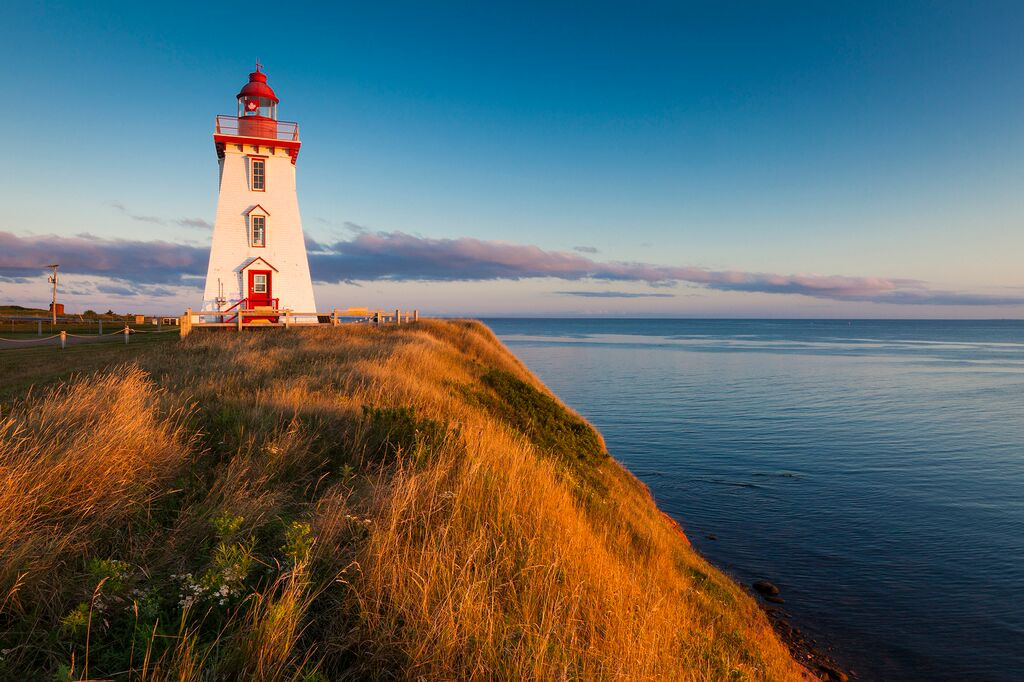5-Day Maritimes Tour: Fredericton, Peggy's Cove, HalifaxPEI, Charlottetown, Hopewell Rocks and Saint John