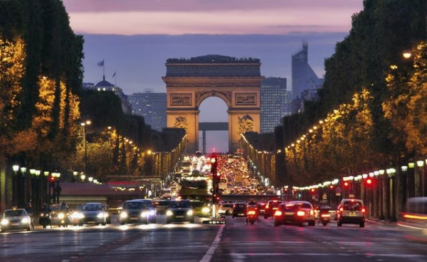 3-Day Amsterdam to Paris Tour Package