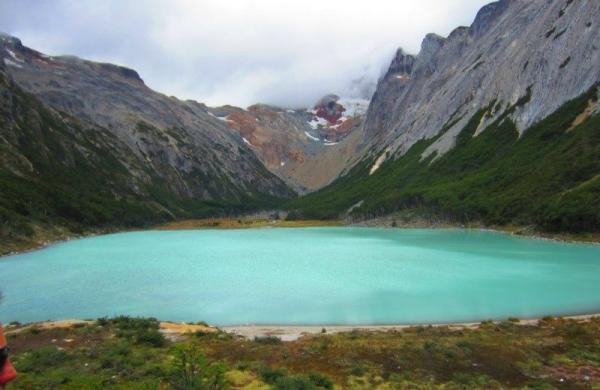Esmeralda Lagoon Hiking Tour From Ushuaia