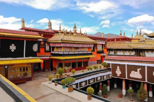 6-Day Lhasa and Tsedang Tour W/ Samye Monastery