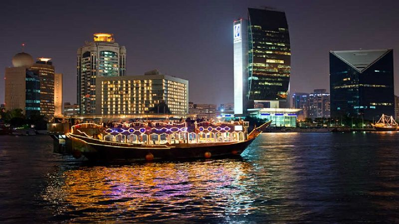 Dubai Creek Cruise W/ Dinner in Floating Restaurant