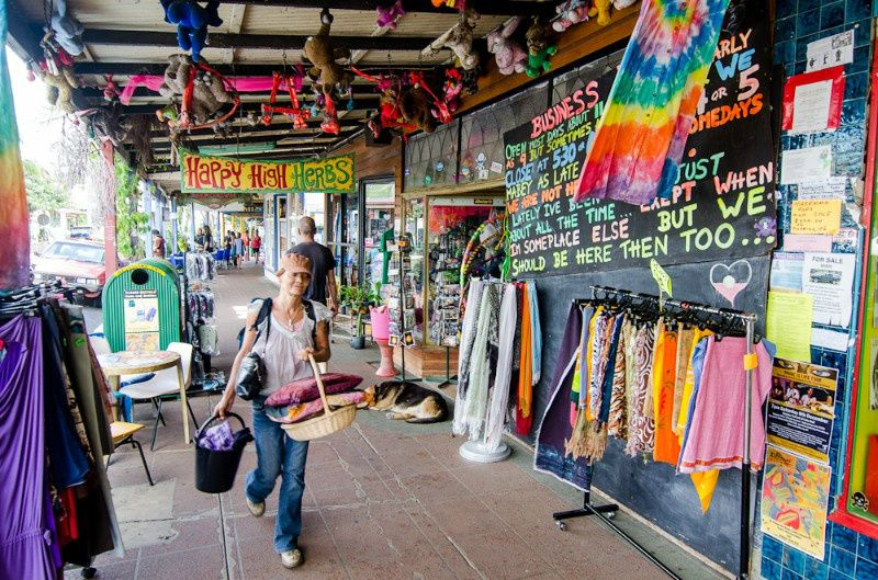 Nimbin Day Trip From Byron Bay