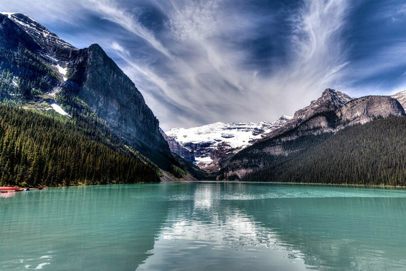 6-Day Canadian Rockies Tour with Glacier National Park from Vancouver