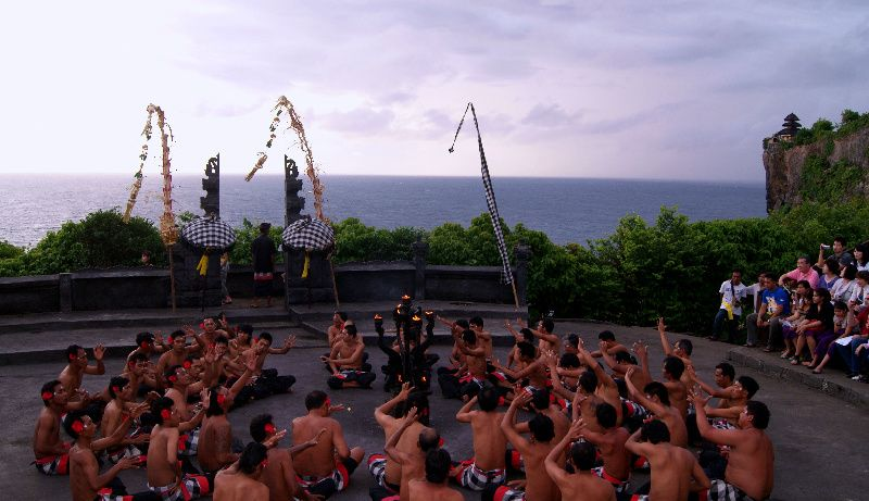 Uluwatu Kecak Dance w/ Dinner at Bumbu Bali