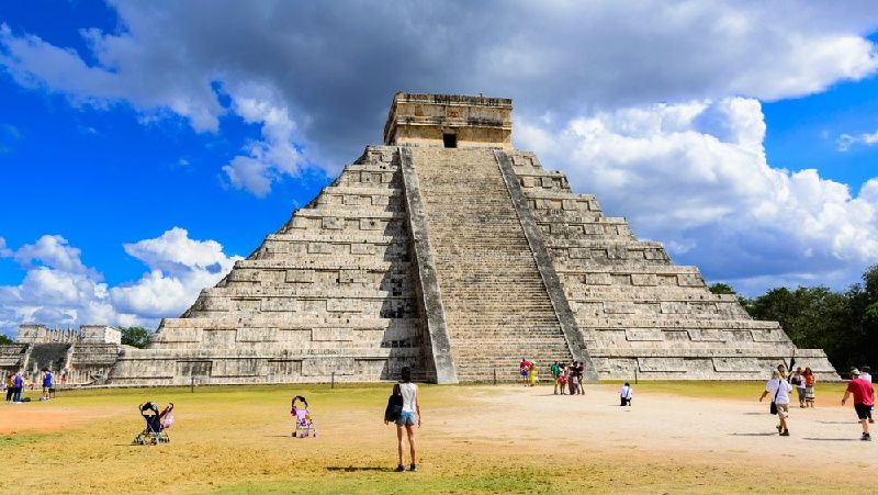 Chichen Itza Tour From Merida to Cancun