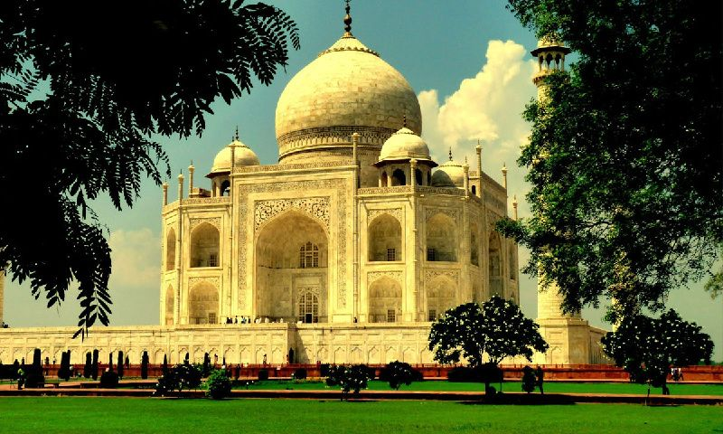 Sunrise Taj Mahal Tour by Car