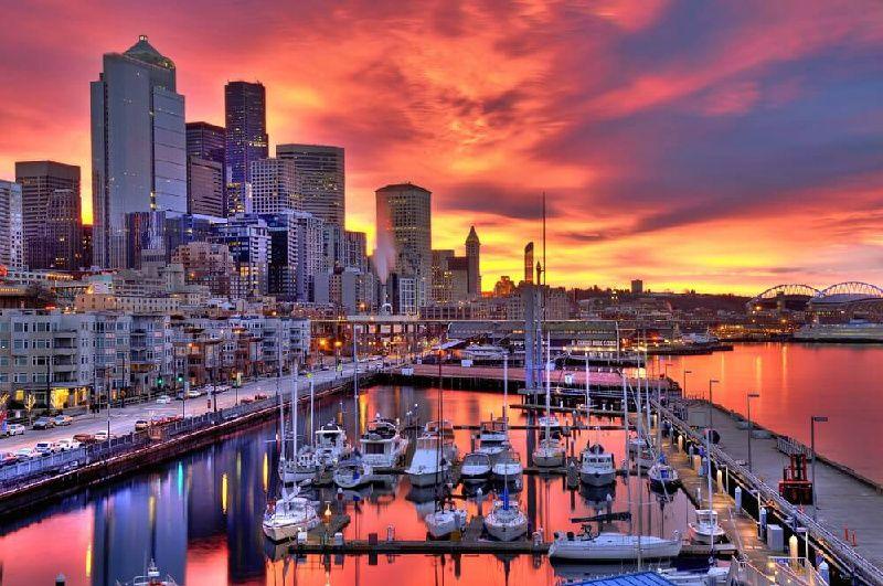 3-Day Seattle Tour: Seattle City Tour, Snoqualmie Falls, & Leavenworth