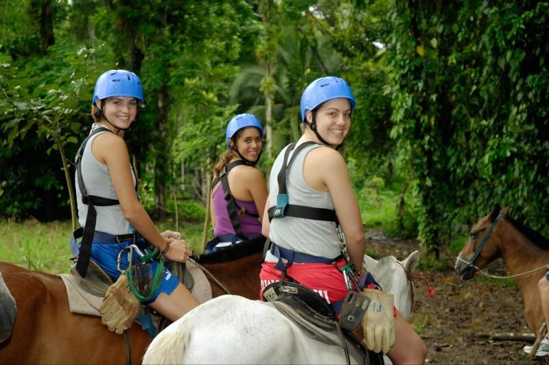 1-Day From San Jose - Horseback Riding and Boat in the Rainforest