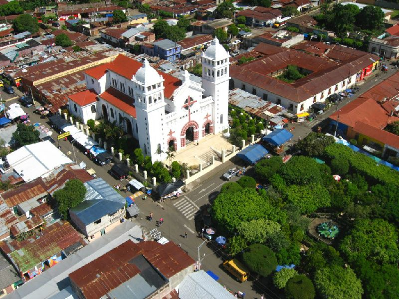 1-Day The Flowers Route Tour from San Salvador