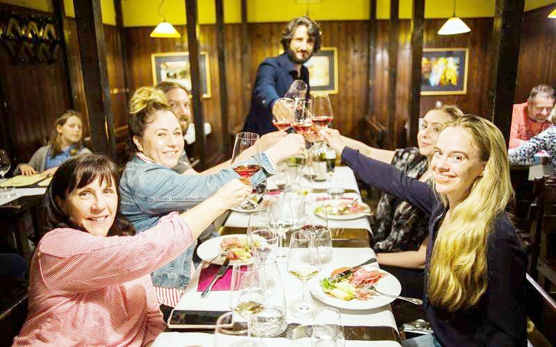 1-Hour Rome Wine Tasting Tour with Cheese Pairings