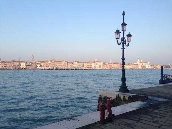 Risultati immagini per venezia senza persone