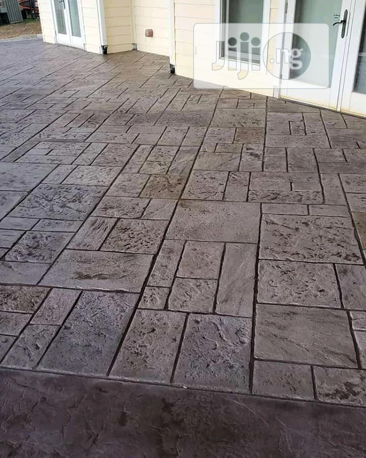 stamped concrete patio floors
