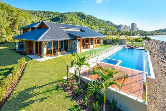 Kahala Hamilton Island Luxury Homes