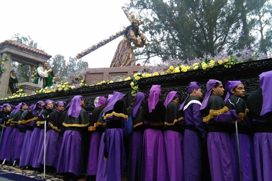 El anda procesional del Nazareno de La Merced tiene 86 brazos. Foto Prensa Libre: Óscar Rivas