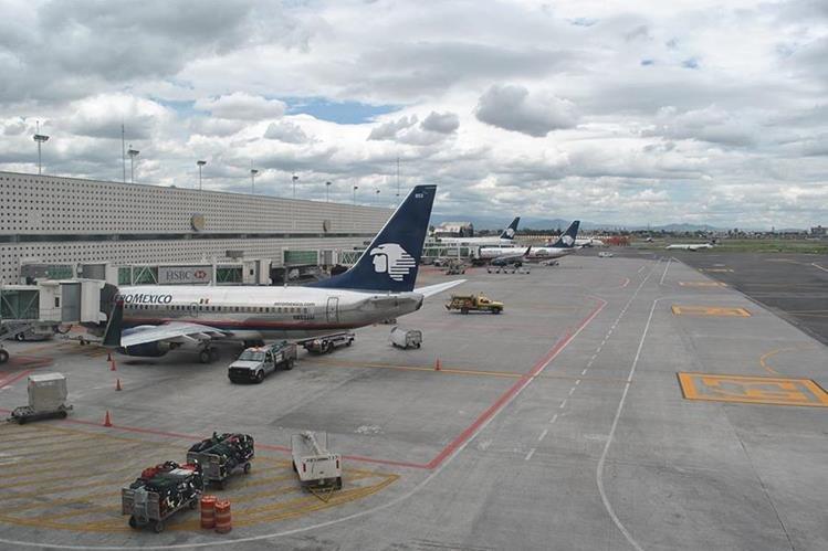 Aeropuerto Internacional de México volverá a habilitar instalaciones, después de haber evaluado los daños por terremoto de este día. (Foto Prensa Libre: Hemeroteca)