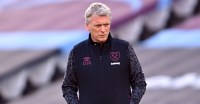 Moyes admits to costly West Ham error; blasts 'ridiculous' VAR after draw