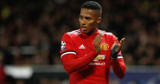 Ferdinand sends cheeky tribute as ex-Man Utd man Valencia retires