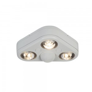 cooper lighting rev32735mw all pro led outdoor light revolve 270 degree motion activated triple head security flood 3500k white