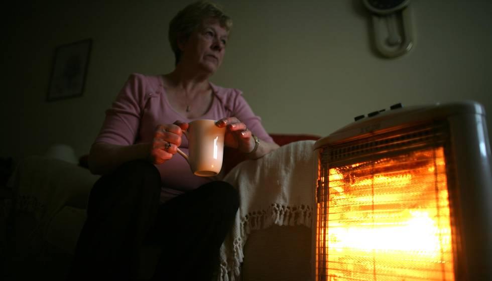 El Gobierno ha querido aplicar las medidas contra pobreza energética antes del invierno.